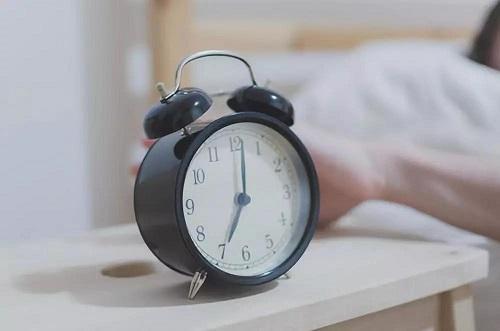 想获得改善睡眠的方法,请了解以下睡眠习惯