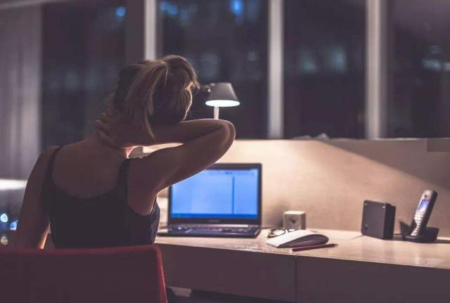 长期熬夜会有什么危害吗? 晚睡晚起算不算熬夜呢?